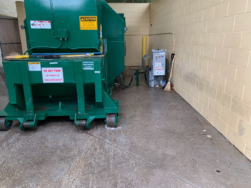 Tampa Bay Dumpster Cleaning